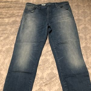Mossimo High Rise Skinny Crop size 12